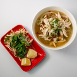 Virtual Phở gà – chicken noodle soup