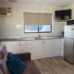 Pay it Forward 2 Nights 4 guests in 2 Bedroom Unit