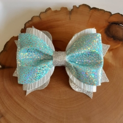 Double layer pinch bow, includes letter postage untracked