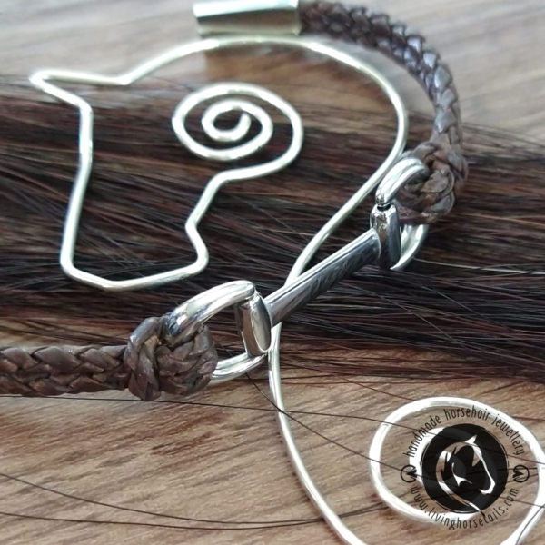 Snaffle Bit Leather and Stainless Steel Horse Bracelet close up of join