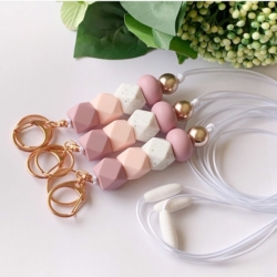 Beads by Jane lanyard pinks