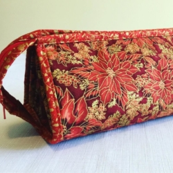 Handmade Multi Zippered Bag – Poinsettia