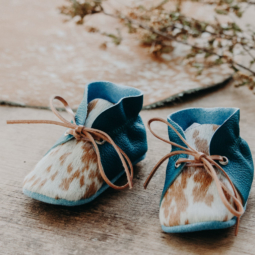 Turquoise Leather and Cowhide Baby Shoes with lace – 12 cm (9 to 12 mths)