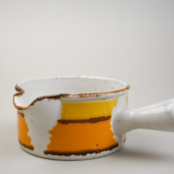 A 1970S MIDWINTER GRAVY BOAT