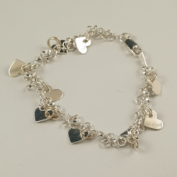 Sterling Silver Bracelet – Round Links with Hearts