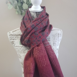 Woollen Scarf/Shawl – Natural dyed red