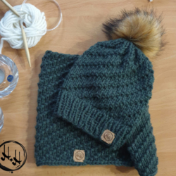 """Århus"" – Chunky Beanie & Snood Set with Faux Fur Pom Pom in Khaki – Alpaca/Wool/Acrylic blend"