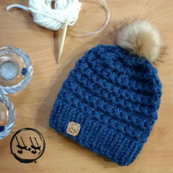 """Dragør"" Super Chunky Beanie Hand Knit – 100% Acrylic with faux fur pom pom"
