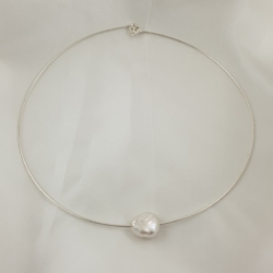 Sterling Silver Chain with a Keshi Pearl