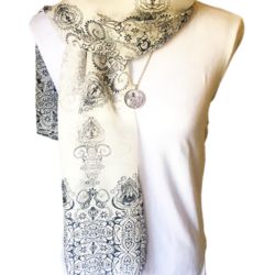 Black and White scarf with matching necklace set – FREE POSTAGE – 14 other designs available in our store.