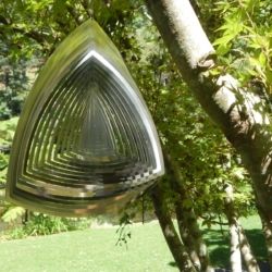 "Premium Collection Wind Spinner – ""CURVED TRIANGLE"" 40cm – Made in AustralIA"