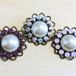 Pretty Faux Pearl with Swarovski Crystal Brooches / Shawl Pins / Embellishments – Gift Boxed