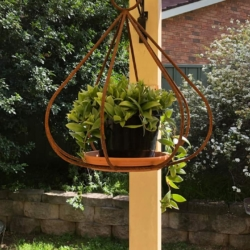 """Bell"" metal bird feeder"