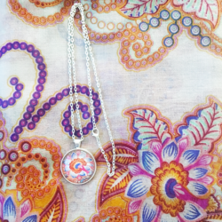 Paisley scarf with matching necklace set – FREE POSTAGE