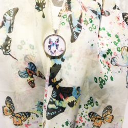 Butterflies scarf with matching necklace set – FREE POSTAGE – 14 other designs available in our store.