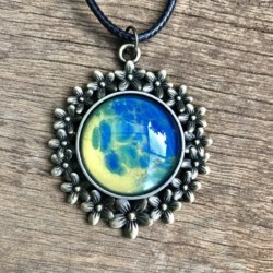 Blue, Gold & Green: Floral Pendant Necklace