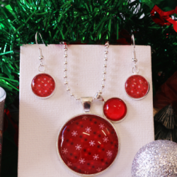 NEW RELEASE – Snowflakes Christmas Theme Necklace and Earrings – FREE POSTAGE – 13 other designs available.