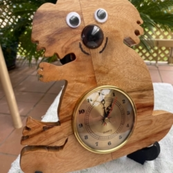 Camphor Laural Teddy Bear Clock