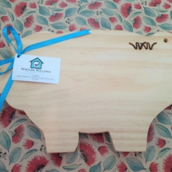 Wooden Chopping Board – Pig
