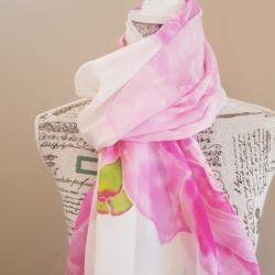 Handpainted silk scarf – Pink delight