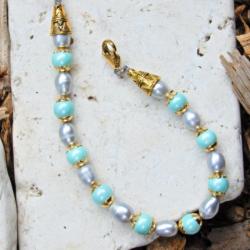 Mint Green & Gentle Grey Shell Pearl Bracelet