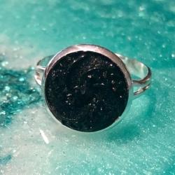 Swirling Resin Rings: Adjustable
