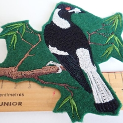 Magpie iron on patch