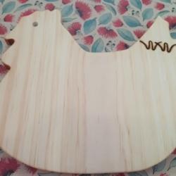 Wooden Chopping Board – Chicken