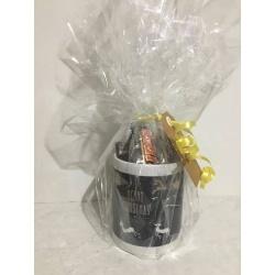 Christmas Hamper – Personalised Mug with chocolates