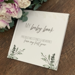 My Baby Book – precious milestones and memories from my first year
