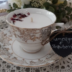 Elegance Vintage tea cup candle