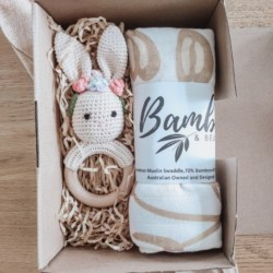 Newborn gift set – baby girl