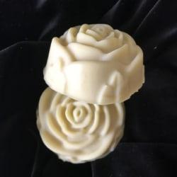 White Chocolate Roses – Fragrance & Colour Free Shampoo Bar