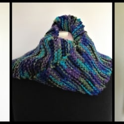 Hand Knitted – Knit Unisex Scarf