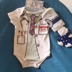 Doctor Charming 3 piece set sizes 0-3 mths 6-9 mths