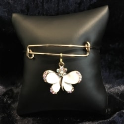 Pretty Butterfly Bangle – expandable to 21cm