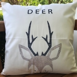 Cushion. Nordic print deer