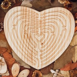 Mindfulness Tool for Children – Large Heart Shaped Finger Labyrinth