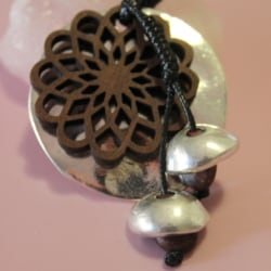 Sweater Rope Necklace Womens Jewellery Silver Acorn Flower Pendant New Nature Jewellery