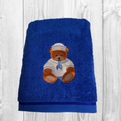 EMBROIDERED BATH TOWEL – SAILOR BEAR