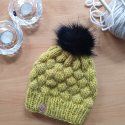 """Bergen"" – Chunky Beanie with Faux Fur Pom Pom in Mustard – Alpaca/Wool/Acrylic blend"