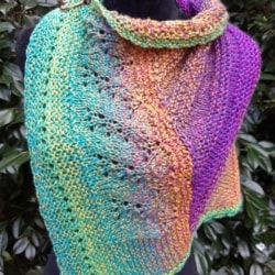 Handknitted pure wool small shawl/scarf with shawl pin