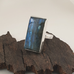 Sterling Silver Ring with Labradorite