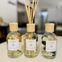 Botanical essential oil reed diffuser 200ml