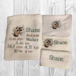 PERSONALISED EMBROIDERED 4 PIECE BATH TOWEL SET – BIRTH DETAILS – ' BABY RACCOON '