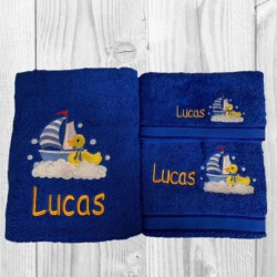 EMBROIDERED BATH TOWEL SET – DUCK IN SAILING BOAT