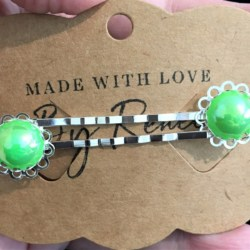 Elegant Filigree Green Metallic Pearl Hair Pins – Silver – suits most hair types (sold in pairs)