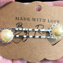 Elegant Filigree Yellow Metallic Pearl Hair Pins – Silver – suits most hair types (sold in pairs)