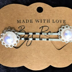 Elegant Filigree White Metallic Pearl Hair Pins – Silver – suits most hair types (sold in pairs)