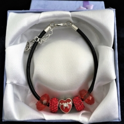 Mother's Day Theme Charm Bracelet – Leather – Red – Gift Boxed